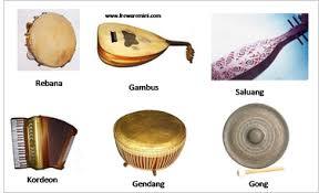 Pada lazimnya kegunaan alat musik melodis dipakai. Alat Musik Tradisional Yang Termasuk Dalam Jenis Melodis Adalah Greatnesia