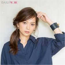 スマートなサイド結びで女っぽく モアビューティズ武智志穂ちゃん直伝