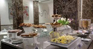 Buffet Italiano Roma : Servizio colazione hotel stelle royal santina roma