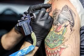 чем опасны татуировки