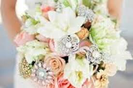 bejeweled flower bridal wedding bouquet trends 2018