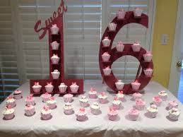 Sweet Display Stands Cupcakes Sweet 100 Cake Guru Fox Valley Wisconsin Tamaras Sweet 100 72