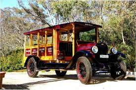 My 1928 Chevrolet: 1927 Chev Bus, what a beauty