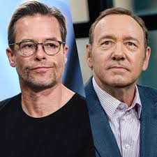 Guy Pearce Says Kevin Spacey Was a 'Handsy Guy' on Set