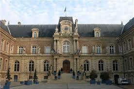 Amiens : Grandeur et ingratitude de l'opposition dans une ville socialiste dans L'opposition