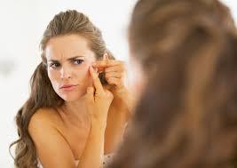 Hoe voorkom je blijvende littekens ten gevolge van acne?