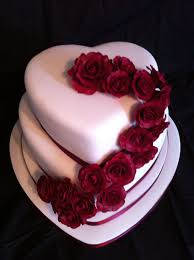 Heart Shaped Wedding Cake With Hand Made Roses Anniversary