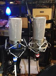 from the desk of dantone wac wiley audio corporation the out of polarity mic had a negative downward wave on the transient you absolutely must use a pop screen these mics anywhere near a vocal