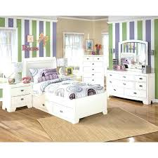 Awesome Furniture Kids Bedroom Sets Toddler Circle White Bed Mirror ...