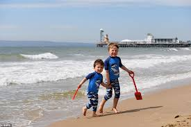 See more ideas about bournemouth beach, bournemouth, beach. Mhvr75mf9oyphm