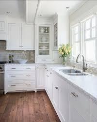 Incredible White Cabinets Kitchen Simple Kitchen Interior Design