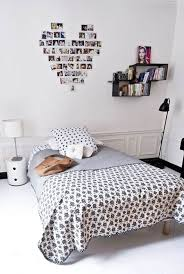 Simple Ways To Decorate Your Bedroom Diy Renters Decor Ideas Bedroom Canopy Cool Projects For Those