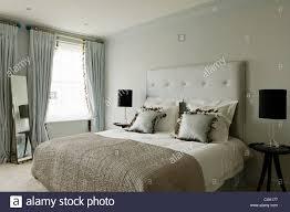 Farbe Tag Innen Schlafzimmer Doppelbett Kopfteil Fenster Behandlung