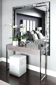 O Modern Entrance Table Console With Soft Colors For A  Contemporary Interior Italian