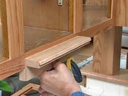 Diy Refacing Kitchen Cabinets How To Reface And Refinish Kitchen Cabinets How Tos Diy