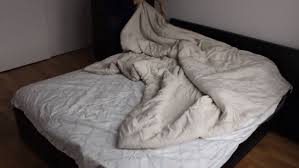 this duvet will change your life use simple burrito roll method to change your duvet cover stuff co nz