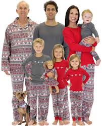 Christmas Family Photo 45 Beste Ideer Om Holiday Matching Family Pajamas Payen Pinterest