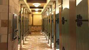 the best bathrooms at disney world