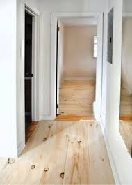floor 417 bright and white these pine floors are easy to clean and