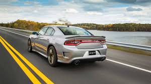 2018 Dodge Charger Review & Ratings | Edmunds