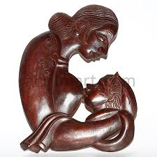 wood sculpture mother and her child