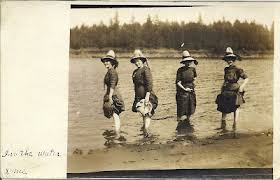 Lillie Sizemore Kumm and her chums in the Willamette River ...