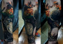 фото цветное мужское тату на плече