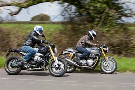 triumph thruxton r vs bmw r ninet review visordown