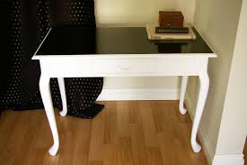 how to paint wood furniture white