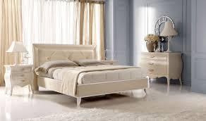 Tiarch.com camera letto disegno classica da