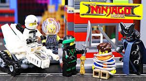 Lego Ninjago Movie Garmadon Captures Jay and Rescued by Ninjas    ToysReviewToys