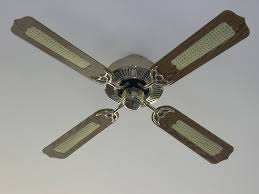 fix a ceiling fan that won t spin