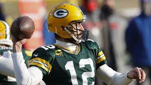 Aaron Rodgers works out with Packers ...