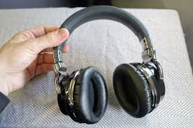 Review: 5 Top Noise-Canceling Headphones Go Head-To-Head