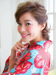 浴衣の髪型ミディアム編上品もキュートも浴衣でいつもと違う雰囲気