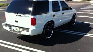 All Chevy 98 chevy s10 bolt pattern : 2000 Chevy Blazer Lowered on 24