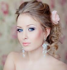 beautiful bridal makeup with red cheeked and smokey eyes
