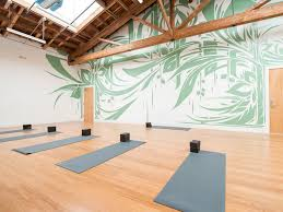 create the ambient for a garage converted to yoga studio
