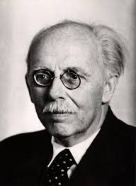 Karl Straube. © wissenmedia. Karl, deutscher Organist und Orgellehrer, * 6.