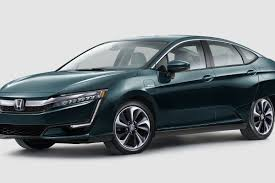 The plug-in hybrid Honda Clarity will have an electric range ...