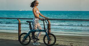 <b>fiido D11</b> urban <b>folding</b> e-bike offers 62 miles of assisted cycling