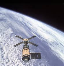 Globe Orbit Screenshot Station 3000x3106 Vehicle Spacecraft Earth Outer Overhead Space - Free Space Photos Atmosphere View Planet Pxhere Workshop Of Orbital Earth Stock Skylab Satellite Images 770546