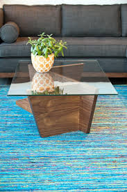 Photo by Suzi Q. Varin / Q Weddings. The Oliva coffee table at Five Elements  ...