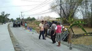 Bojonegoro.com merupakan media online kolaboraktif dari warga bojonegoro untuk warga bojonegoro sebagai wujud menjadikan bojonegoro sebagai kota digital. Pln Ngasem Bojonegoro Pln Area Bojonegoro Siap Suplai Kebutuhan Daya Industri Beritabojonegoro Com Smk Negeri Ngasem Bojonegoro Bojonegoro Indonesia