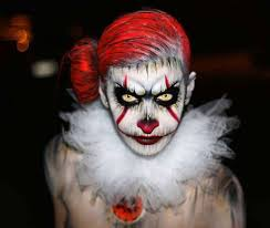 if you re thinking of scary makeup look to these impressive costumes as inspiration pennywise clown