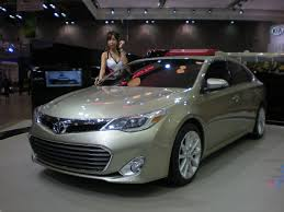 File:TOYOTA AVALON 2013 SMS 01.JPG - Wikimedia Commons