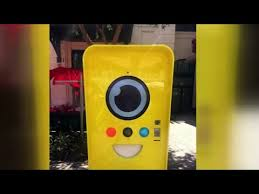 Snapchat Glasses Vending Machine Awesome Snapchat Spectacles Vending Machine At The Linq In Las Vegas YouTube
