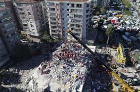 Als erdbeben werden messbare erschütterungen des erdkörpers bezeichnet. Erdbeben Im Turkischen Izmir Dreijahrige Nach 65 Stunden Aus Trummern Gerettet Panorama Stuttgarter Zeitung