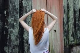 Ako Pracovať S červenou Hennou Rastlinnou Farbou Na Vlasy Voono