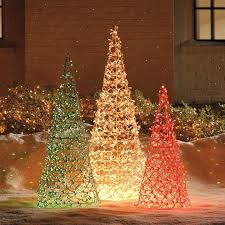30+ Outdoor Christmas Decoration Ideas | Net lights, Cone trees and Idea  paint